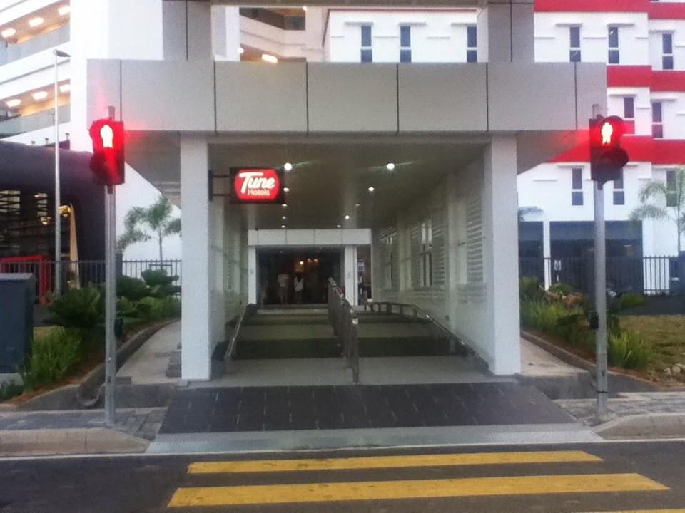 Cara dan Transportasi ke Malacca, Dari Kuala Lumpur, KLIA