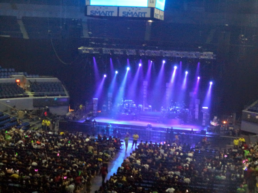 Jessie J Live in Manila 2014 - Smart Araneta Coliseum Stage