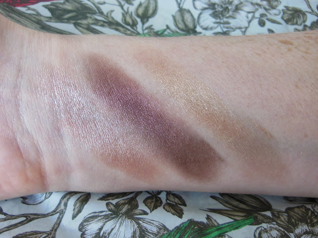 Bourjois Colour Edition 24h eye shadows swatches