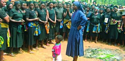A découvrir : Nigéria :une religieuse aurait les stigmates du Christ.