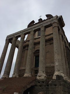 Église San Lorenzo in Miranda -  Temple d'Antonin et Faustine - Rome