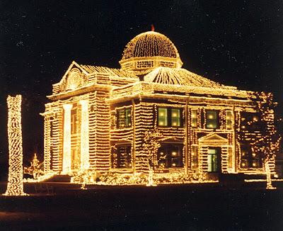 casa+muy+decorada+con+luces+de+navidad Imagenes de luces navideñas.