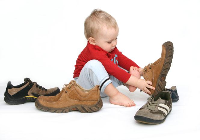 El uso de tacones en niñas menores de 10 años se está  - fotos de zapatos de niñas