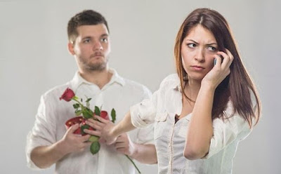 هكذا تحدد المرأة إذا كنت أنت رجل أحلامها أم لا.. تعرف على أساليبها السرية,امرأة تكره ترفض رجل ,woman refuse reject man hate