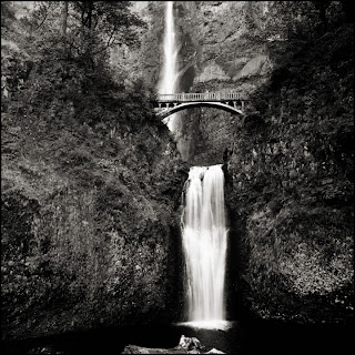 Multnomah Falls, OR - Black and White Waterfall