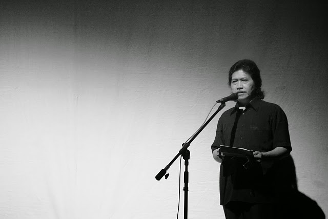 Syair Tombo ati – Cak Nun Dan Kyai Kanjeng
