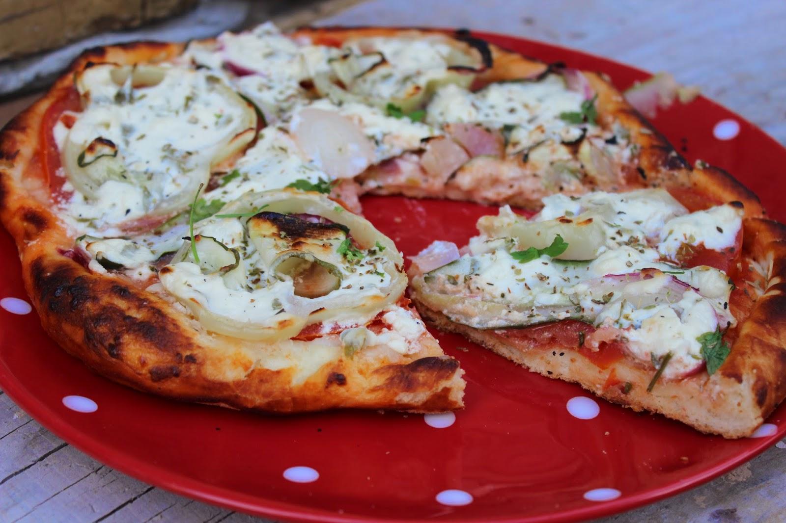 Pizza sa povrcem