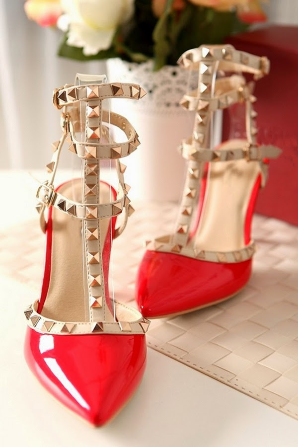 http://www.oasap.com/heels/30989-studded-contrast-stilettos.html?fuid=6659