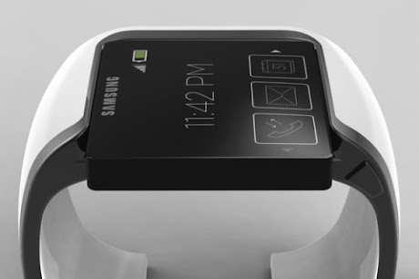 Samsung Galaxy GEAR Smartwatch Design with Flexible Display Screen