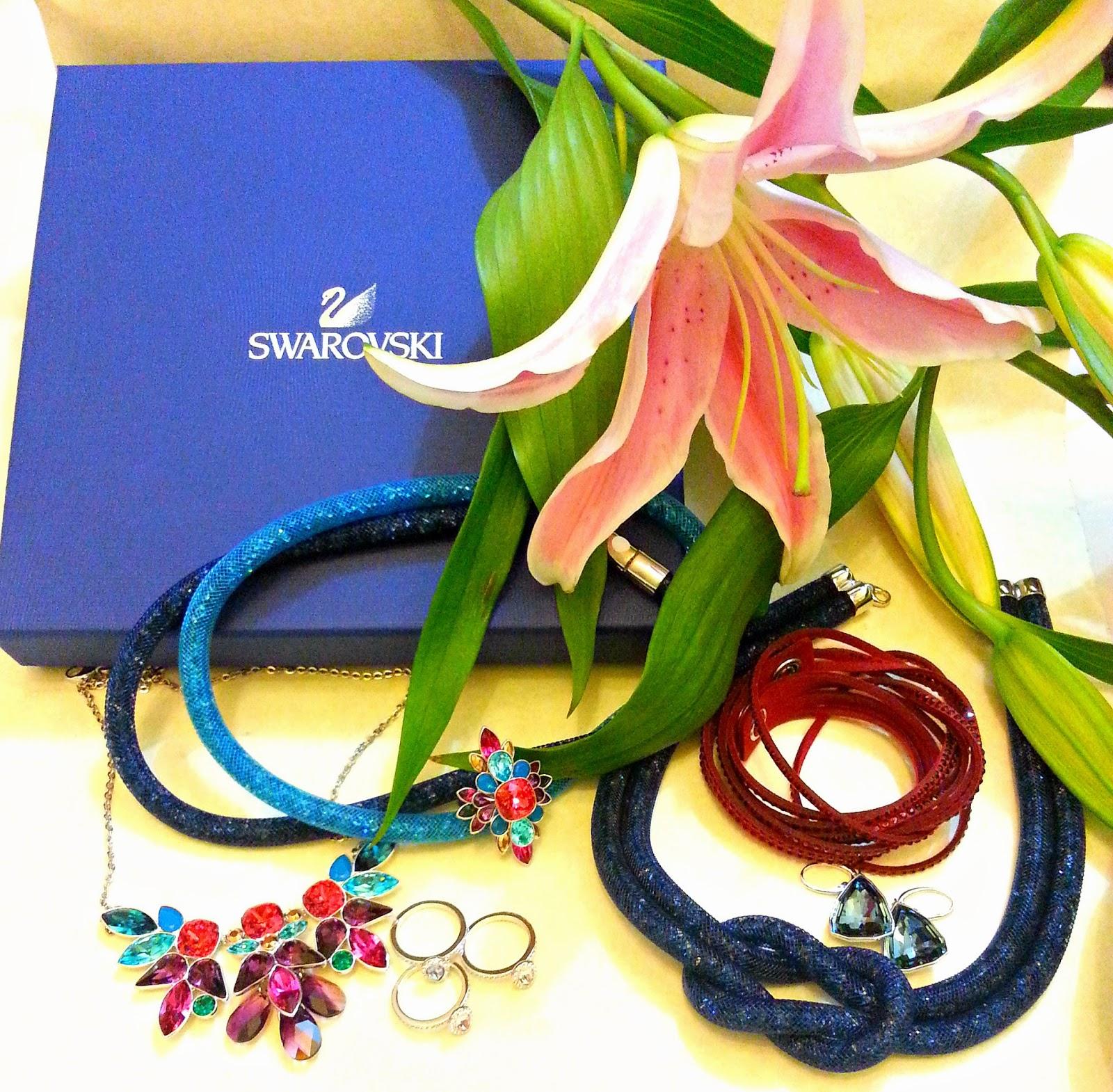 Swarovski Stardust Bracelets, Slake Bracelet, Cardinal Floral Ring, Pastel Christie Ring Set, Stardust Knot Neclace, Cardinal Floral Necklace