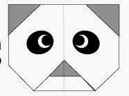 Bước 7: Vẽ mắt để hoàn thành cách xếp mặt con gấu trúc panda giấy.