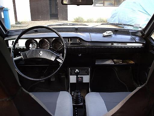 Romanian Car Dacia 1300 interior