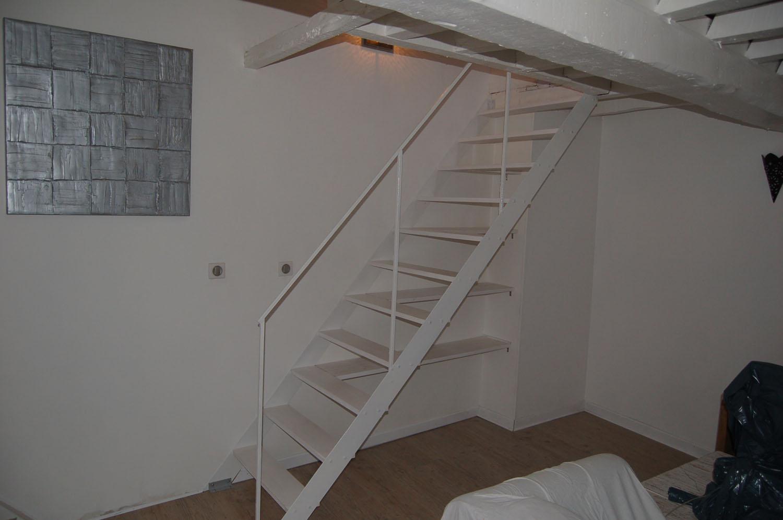 petit escalier exterieur trouvez le meilleur prix sur voir avant d 39 acheter. Black Bedroom Furniture Sets. Home Design Ideas