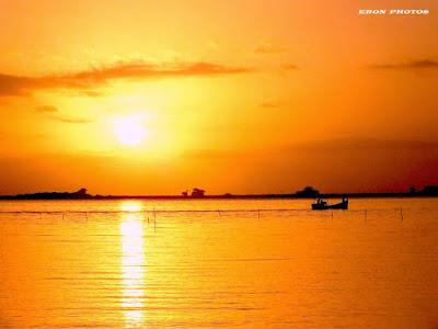 Um belissimo dia de sol na lagoa em Rio Grande
