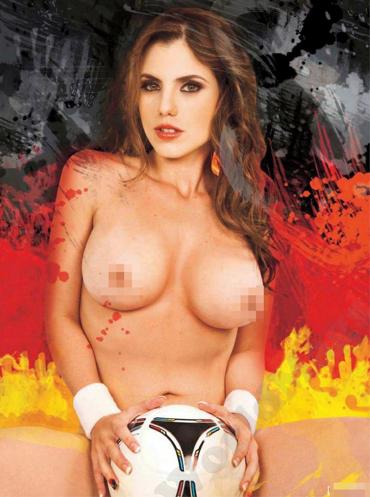 Todas Las Imagenes Sin Censura Para Mas Fotos De Playboy Especial