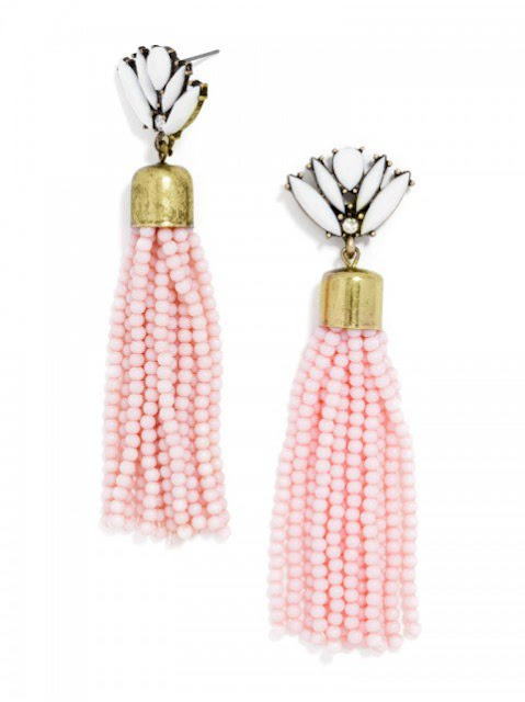 http://api.shopstyle.com/action/apiVisitRetailer?url=http%3A%2F%2Fwww.baublebar.com%2Facid-fringe-drop-earrings.html&pid=uid4400-25576880-80