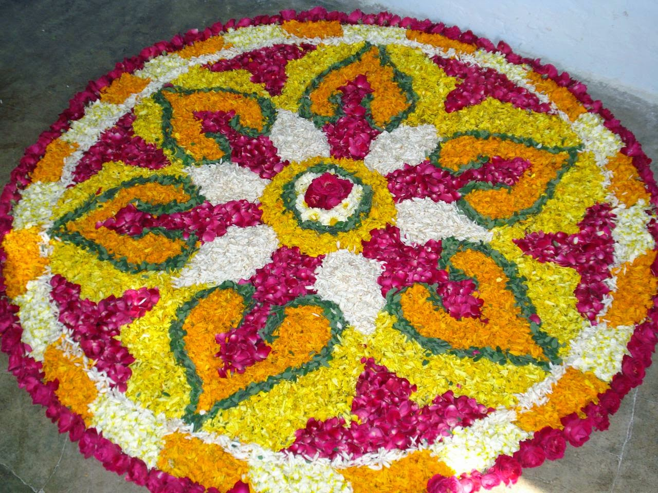Legacy of wisdom in indian culture why do we do rangoli for Home rangoli designs