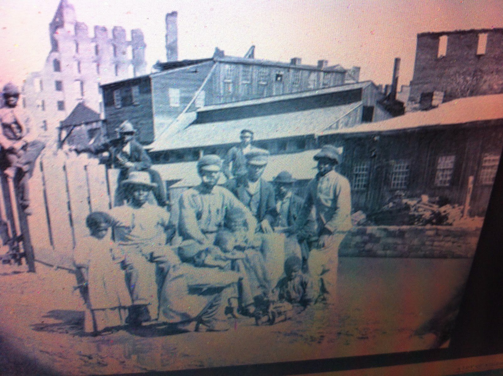 """new york slave conspiracy trials """"fire, fire, scorch, scorch"""": testimony from the negro plot trials in new york,  [romme is referring to the slave uprising that took place in new york in 1712."""