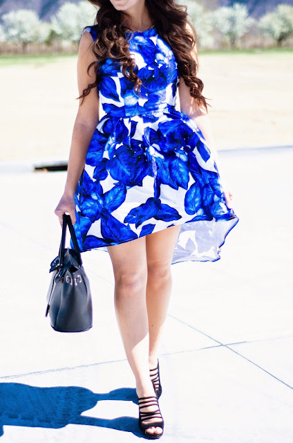 chi chi london, chi chi london giveaway, chi chi london dress, chi chi london dresses, essie dress, chi chi london essie dress, blue floral dress, blue floral high low dress, giveaway,