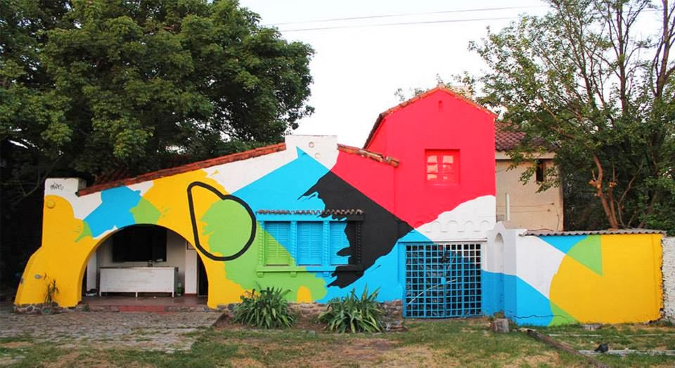 """Elian recently finished working on """"Imperfect Circle"""" somewhere in Cordoba, a city located in the geographical center of Argentina. 1"""