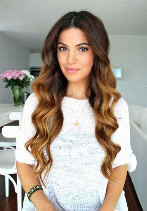 Sombre hair color with curls