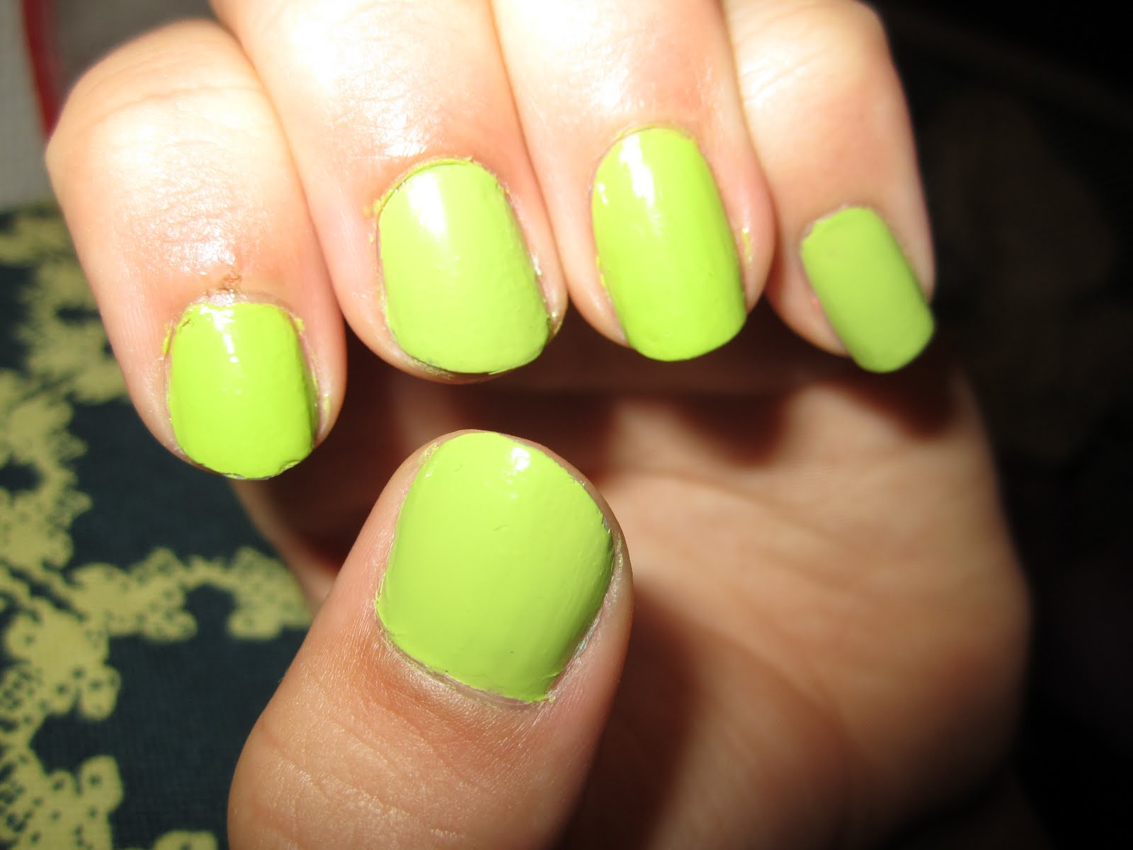 Creative Nail Polish: Sally Hansen - 110 Green With Envy vs. Depend ...