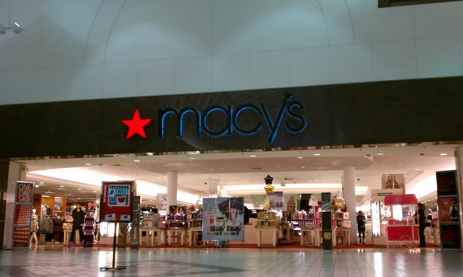 Macys ingram mall