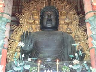 東大寺の大仏(奈良市)
