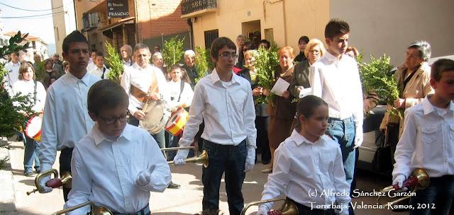 procesion-ramos-torrebaja-cornetas