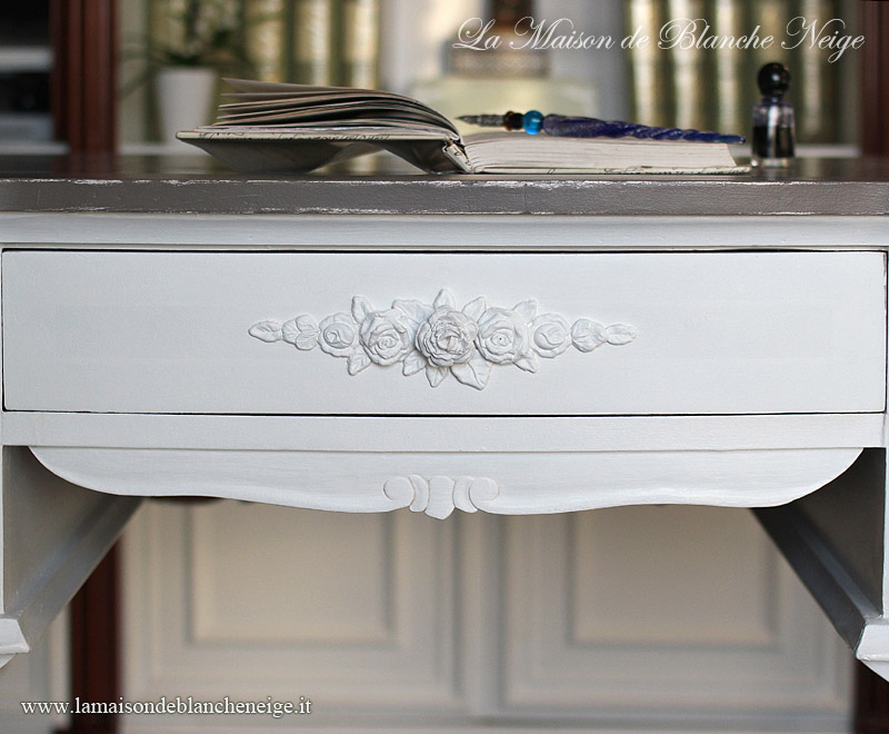 Scrivania bianca shabby idee di design nella vostra casa for Scrivania shabby