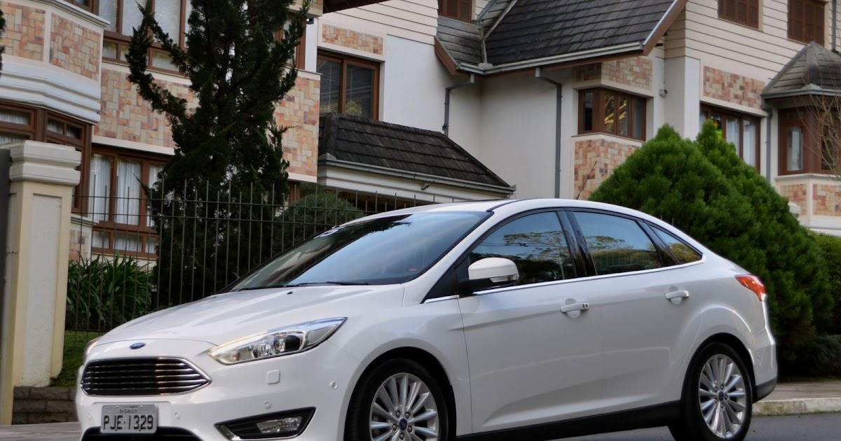 Focus Fastback x VW Jetta: desempenho e custo x benefício