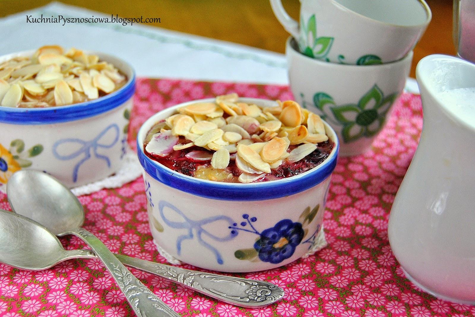 296. Śniadanie dla ciężarnej, pieczona owsianka z malinami i migdałami