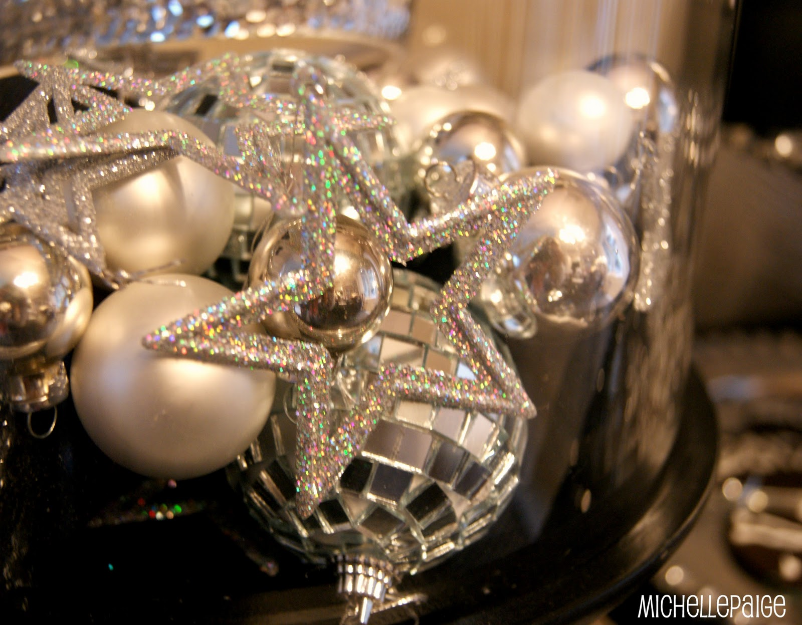 Michelle paige blogs new year 39 s eve party decor and food for Decoration new year