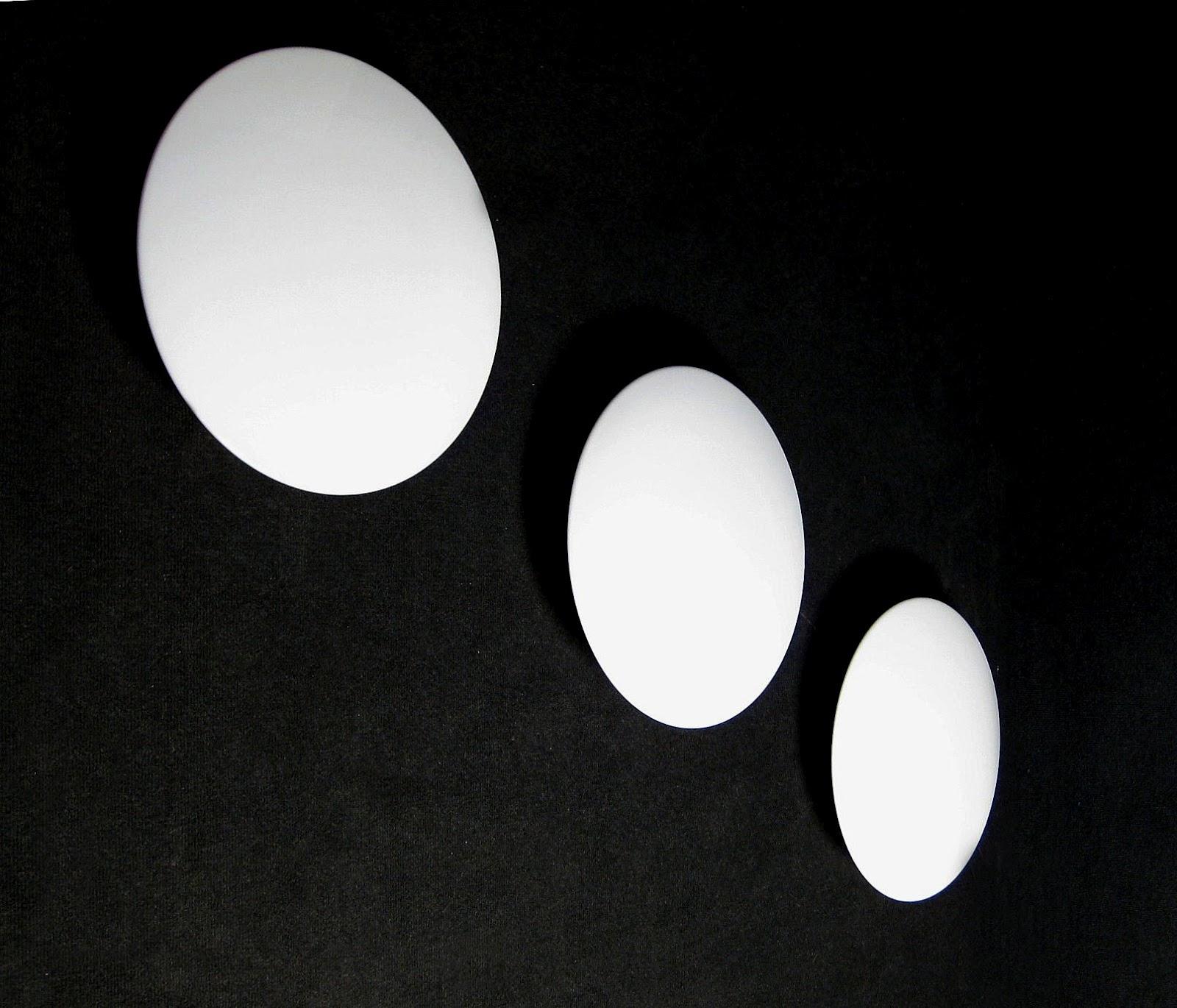 http://1.bp.blogspot.com/-jN_Fup3BukY/T6lyY9bao-I/AAAAAAAAMzw/yDbjPlCrfos/s1600/round_wall_lamps.jpg