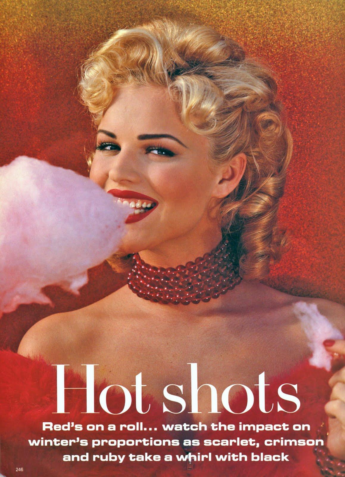 http://1.bp.blogspot.com/-jNejk0ShPKY/TVgtynA8_OI/AAAAAAAAD5M/Oa-j6U3CBqc/s1600/80413_Eva_Herzigova_1992_09_Vogue_Uk_01_122_566lo.jpg