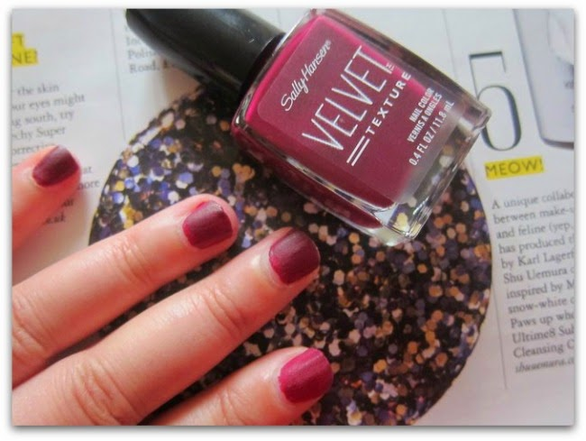 Sally Hansen Special Effects Patent Gloss and Velvet Texture Nail Polish