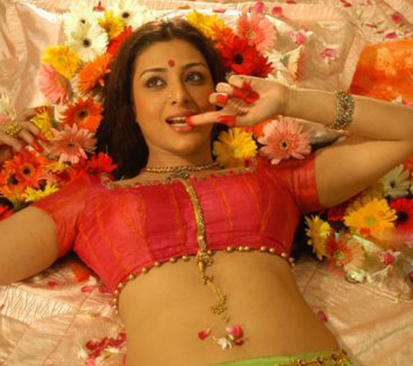 kollywood tollywood tabu unseen in blouse without saree hot photoshoot
