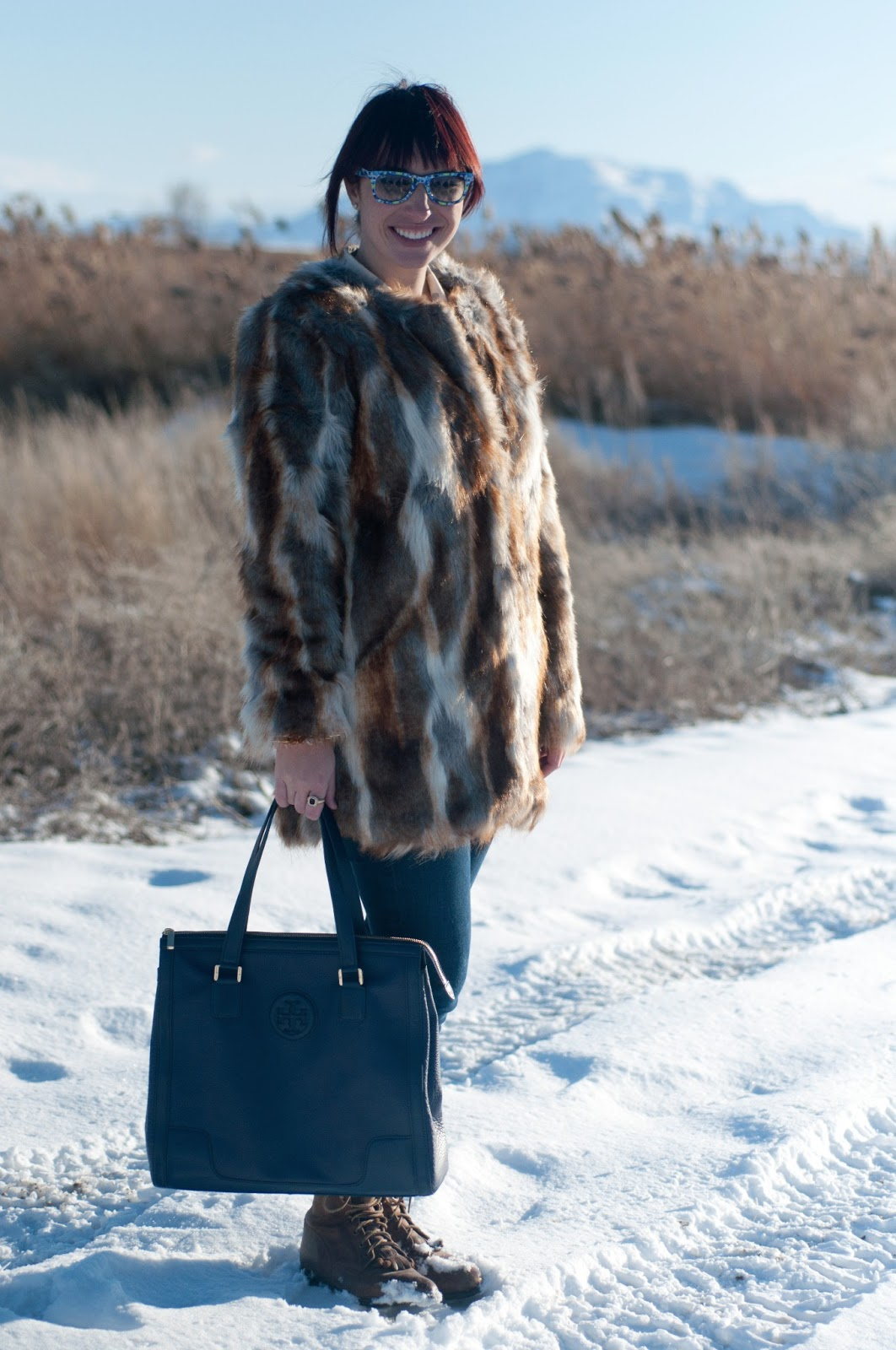 fashion blog, fashion blogger, style blog, mens fashion blog, mens style blog, womens fashion blog, anthropolgie ootd, ootd, ootd blog, mens style, floral, ray ban, floral ray bans, rayban wayfer, faux fur, asos, tory burch, boots, steven madden boots, tory burch purse,