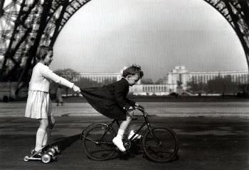 Le remorqueur du champ de mars, 1943, Doisneau
