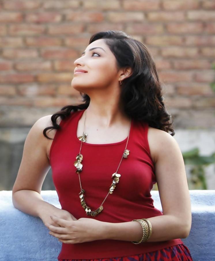 Yami Gautam - Celeb Seduction Yami Gautam And Ayushmann Khurrana In Vicky Donor