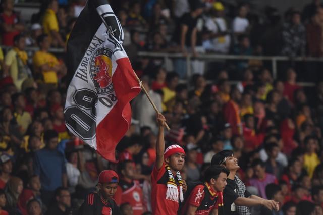 Foto Semen Padang vs Mitra Kukar
