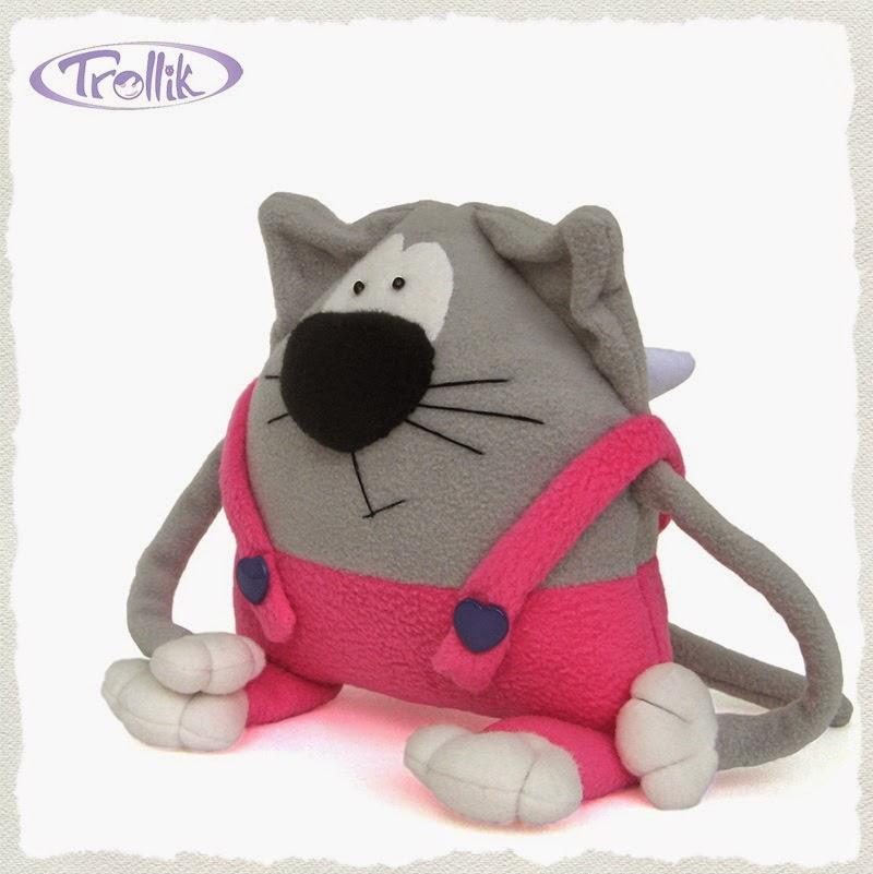Игрушка подушка из флиса кот Амурчик