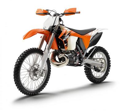 2011-KTM-300-XC