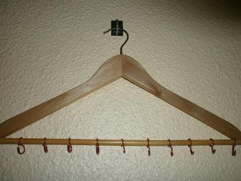 colgador de collares low-cost