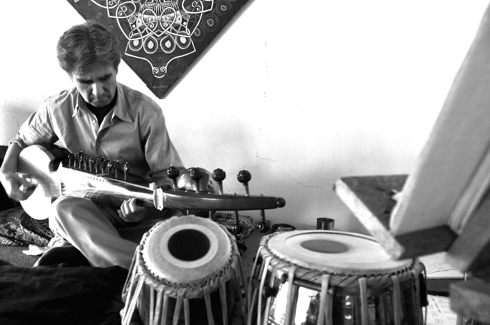 Arturo Cordero Tabla Indú y Sarod