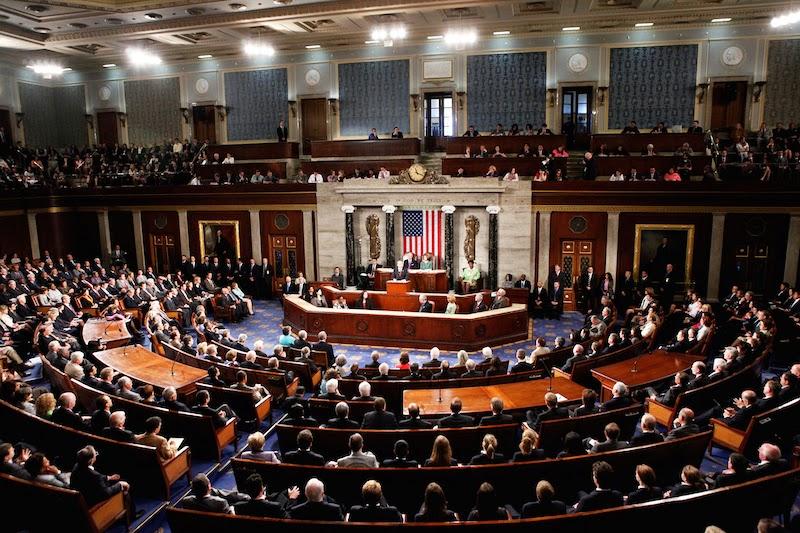 Сенат США одобрил закон о предоставлении помощи Украине и признании ее особым партнером вне блока НАТО