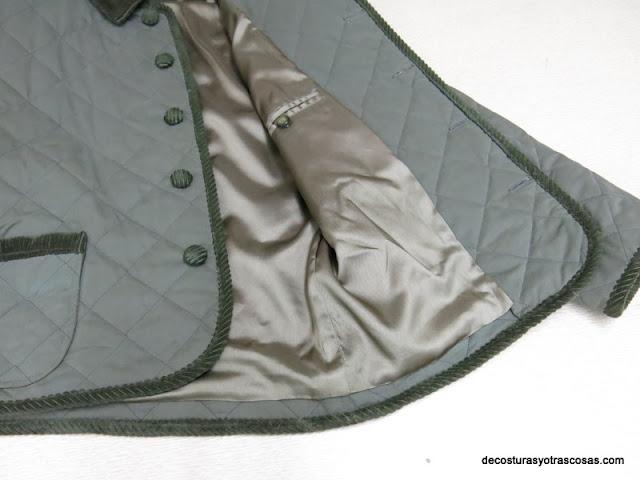 chaqueta acolchada y forrada con remates de pana