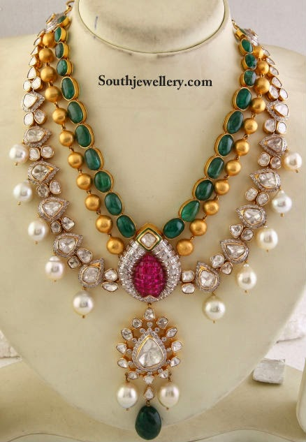 Kundan Jadau Necklace This Gorgeous Haar Is By Khurana Jewellers Features An Emerald Studded Chain Followed Of Gold Balls