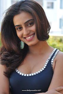 BollywoodGo.NET+Dimple+Chopade+in+Romance+Movie+New+Photos+(3)