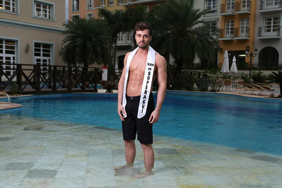 Mister Ilha de Superagüi- Leonardo Beni, 26 anos, 1,84 m - Foto: Leonardo Rodrigues